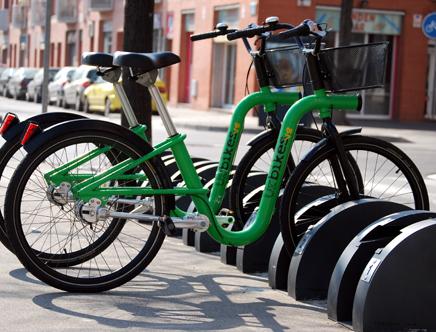 Green bike by Eduardo Sentin (Foto: Isabel Cahue Escuder)
