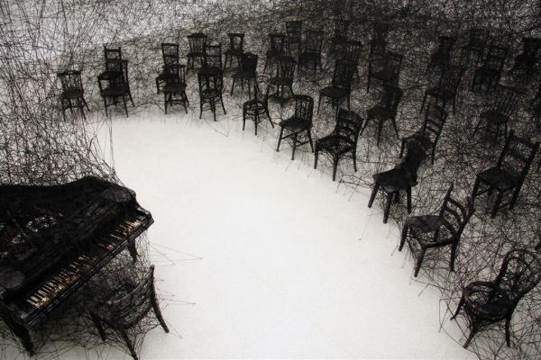 Chiharu Shiota. La Casa Encendida, on&on