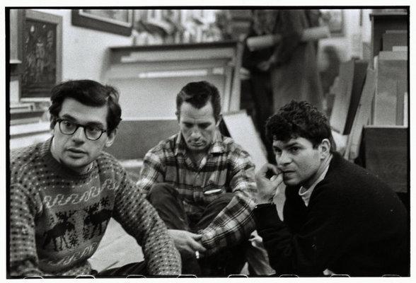 Allen Ginsberg, Kerouac, y Gregory Corso en Greenwich Village, NY,  1957. © Bruce Davidson / Magnum Photos