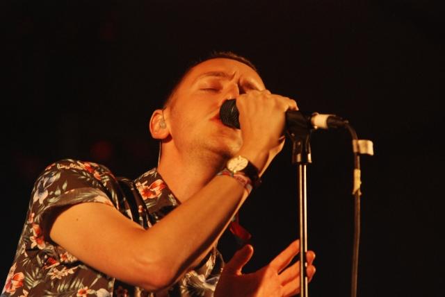 Lewis Bowman líder de Chapel Club en el Festival do Norte 2011 (Foto: Miguel Cid)