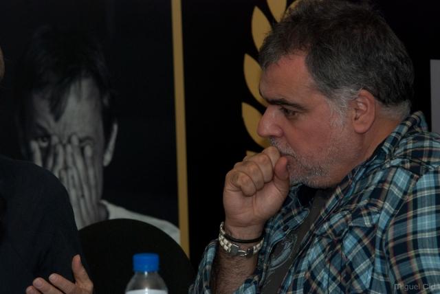 Benito Zambrano con el cartel del OUFF11, by Miguel Cid